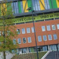 Minister opent schooljaar op het Lentiz Life