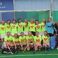 Meisjes Spieringshoek in finale NK Schoolhockey