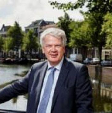 Houtkamp vindt Waterbus fantastische aanwinst