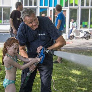 Brandweerman Olof blust... kinderen!