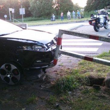 Scheuren met gestolen auto