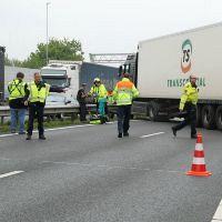 Drukte op A20/A13 door geschaarde vrachtwagen