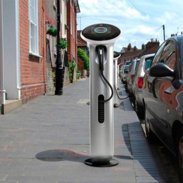 Onderzoek naar laadpalen voor auto's in Zutphen