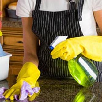 Na gejuich, nu kritische geluiden over gemeenteplannen huishoudelijke hulp