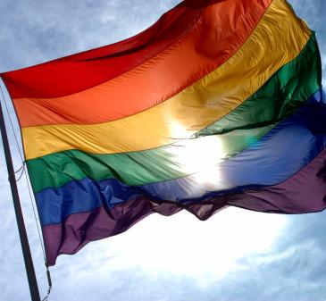 (Regenboog)vlag kan uit: Zutphen wordt een regenbooggemeente