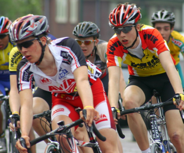 Duvigneau, uit Zutphen, wint Ronde van Zutphen