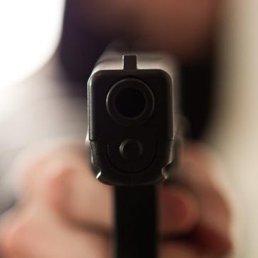 Melder verzint bedreiging met vuurwapen