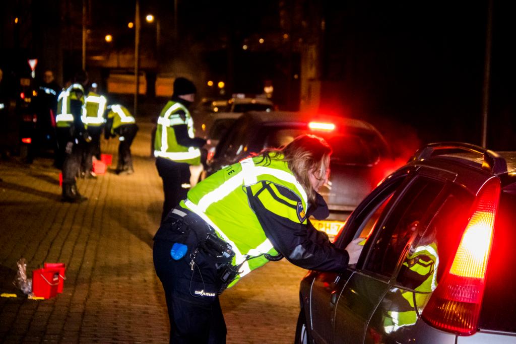 Grote alcoholcontrole op grens Vlaardingen en Schiedam