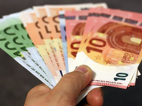 Gemeente schrapt woekerrente