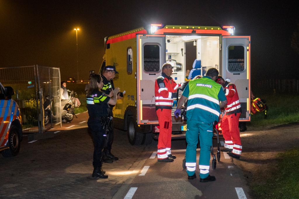 Bestuurder snorscooter zwaargewond na val