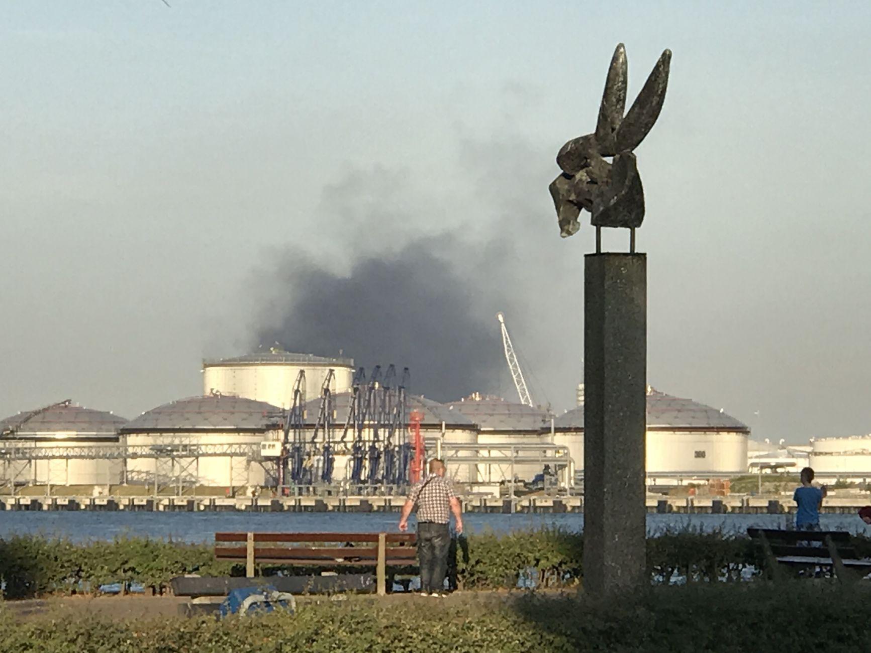 Brand Rotterdam zichtbaar in Vlaardingen