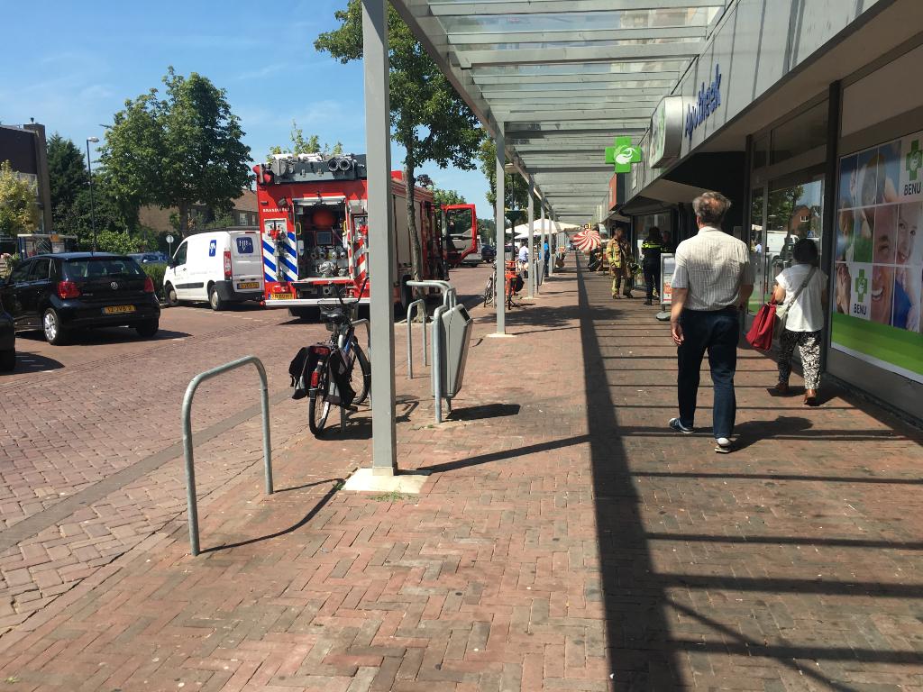 Gaslucht bij winkels Van Hogendorplaan