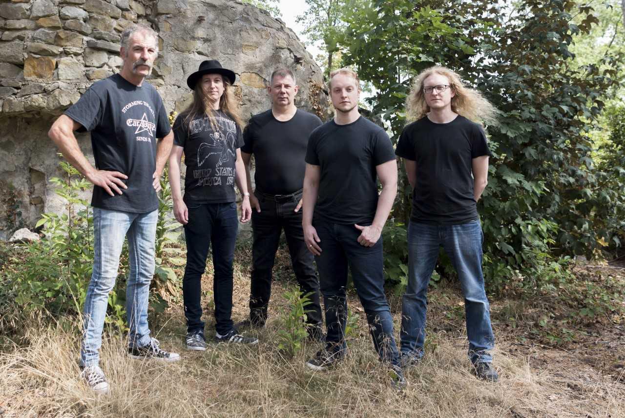 Ear Danger viert tiende verjaardag 'thuis' in Muziekfabriek