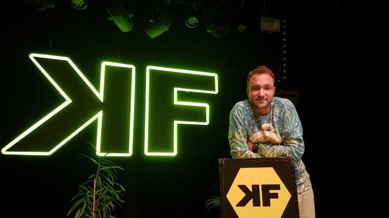 Maak kennis met de nieuwe programmeur van de KF!