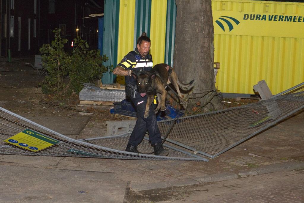 Hond en helikopter zoeken inbreker