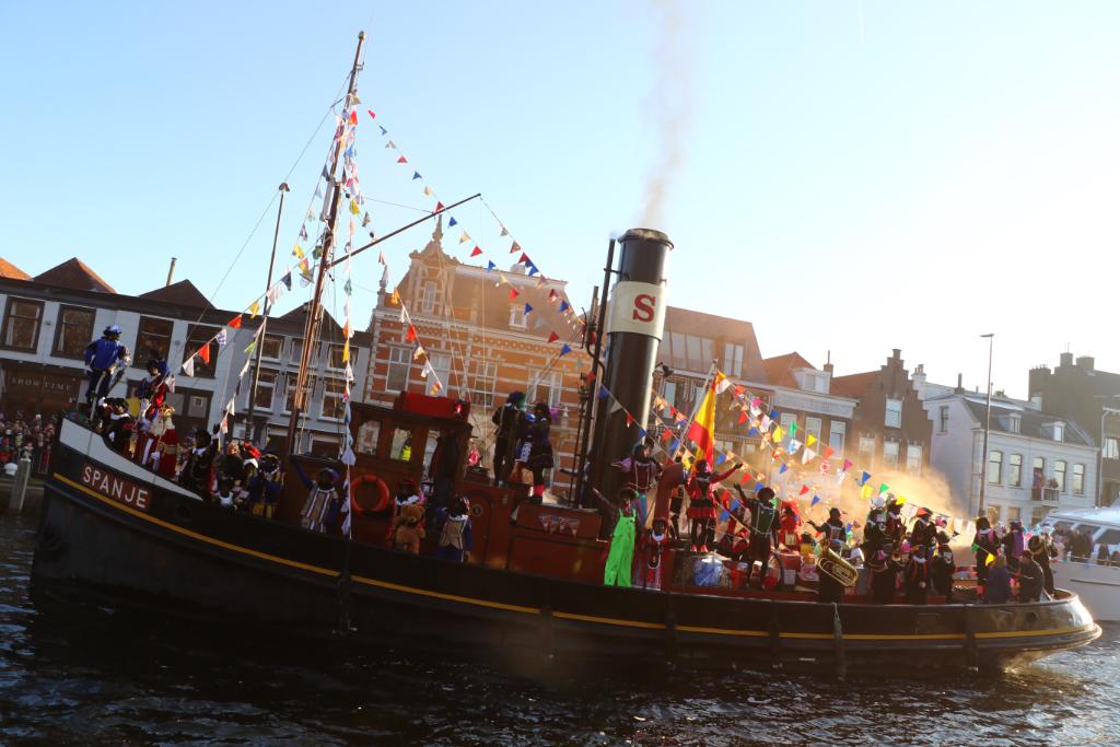Sinterklaas aangekomen in Vlaardingen
