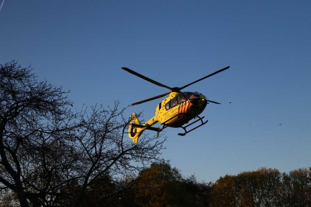 Traumahelikopter boven de Westwijk