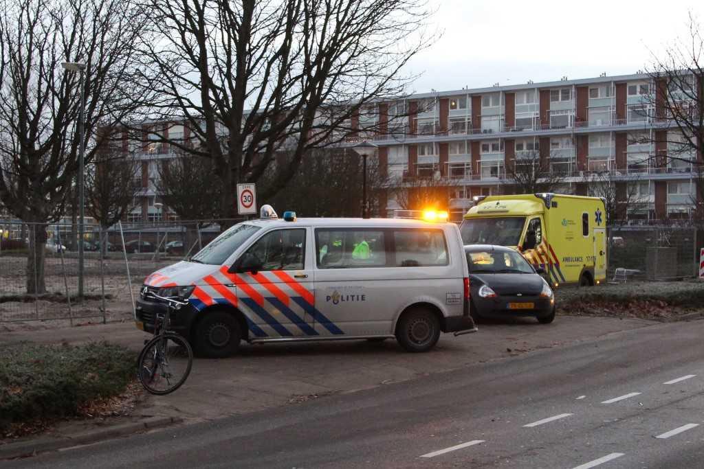 Fietser op weg naar school aangereden