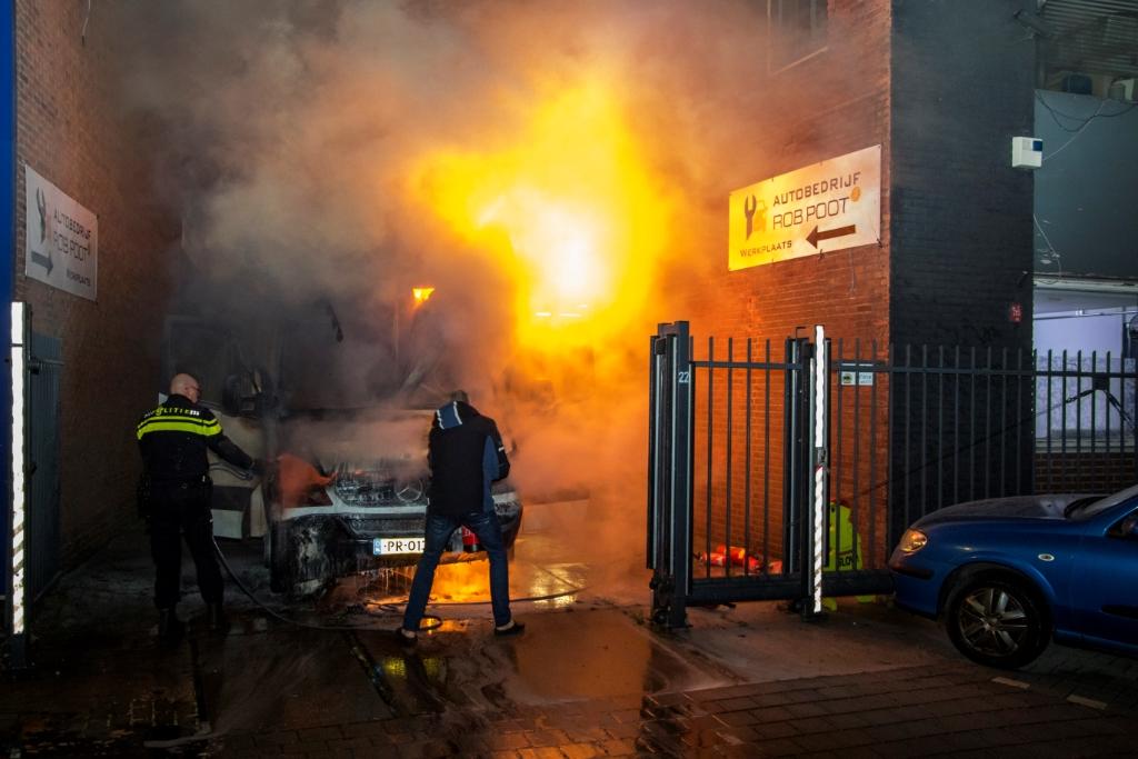 Nacht vol autobranden in Vlaardingen