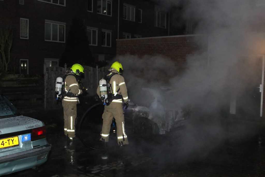 Opnieuw auto uitgebrand in Vlaardingen