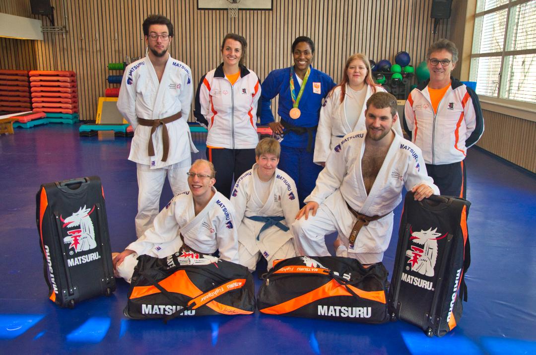 Uitzwaaitraining G-judoka's bij Tino Hoogendijk