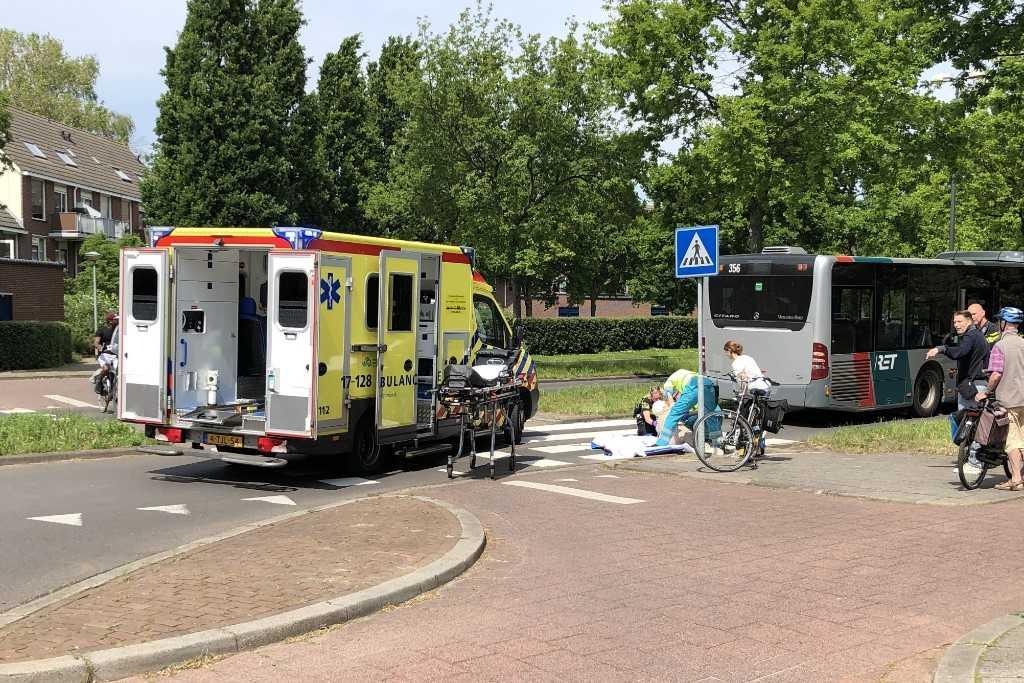 Fietser gewond na aanrijding met RET-bus