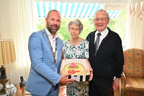 Felicitaties met 65-jarig huwelijk