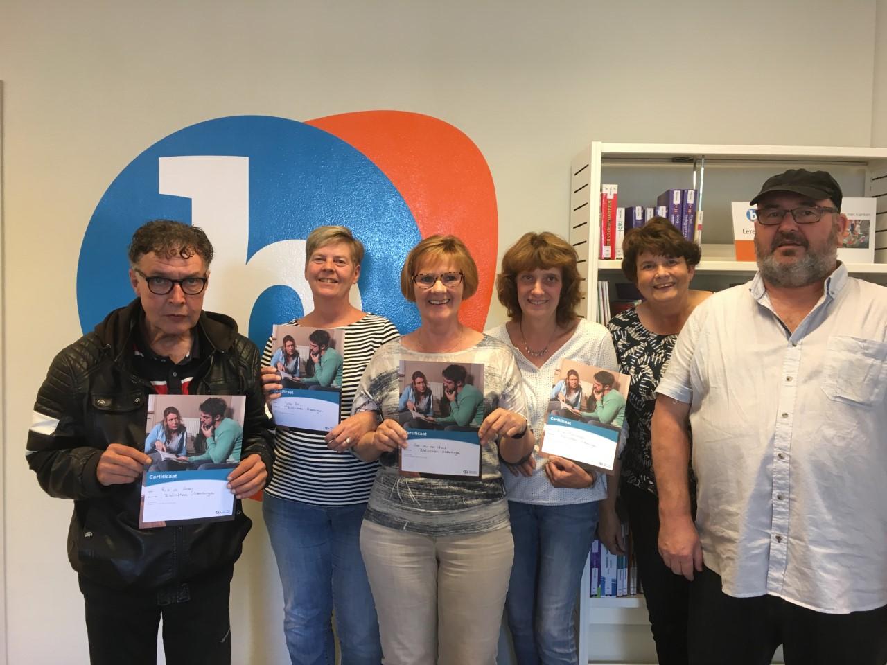 Bibliotheek Vlaardingen weer rijker metacht nieuwe vrijwilligers