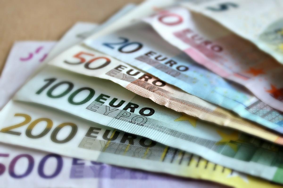 Begrotingstekort: Vlaardingen moet weer miljoenen bezuinigen!