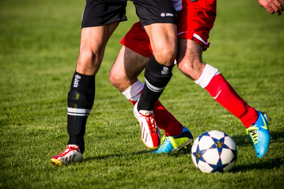 Even niet 'fijn langs de lijn': KNVB onderzoekt vechtpartij bij wedstrijd Deltasport