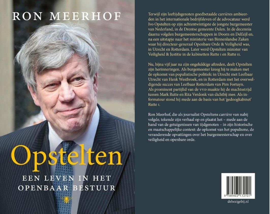 Ivo Opstelten signeert biografie bij Plantage Pontier