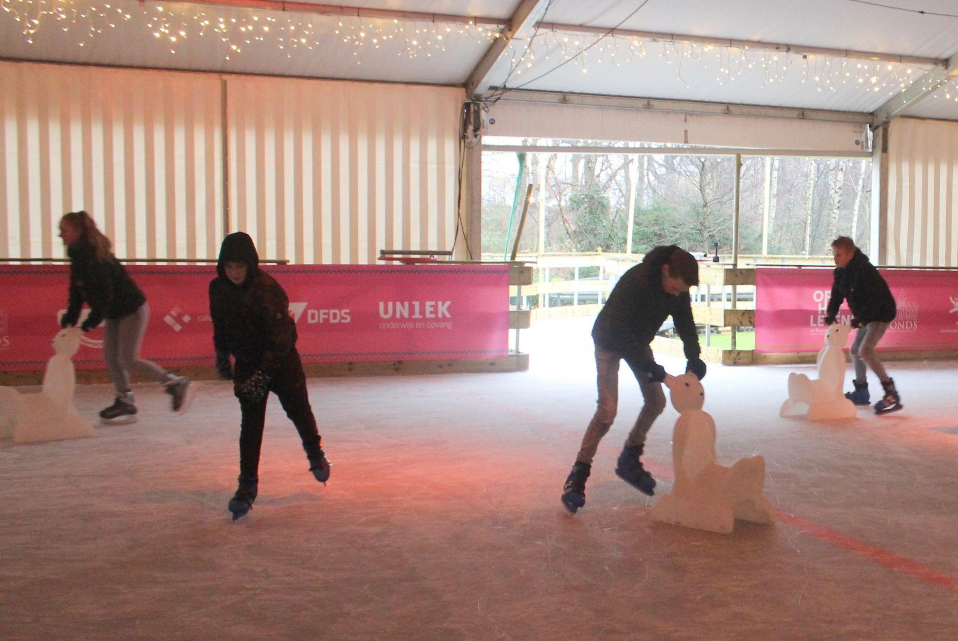 'It giet oan': IJsbaan Winterterras geopend!