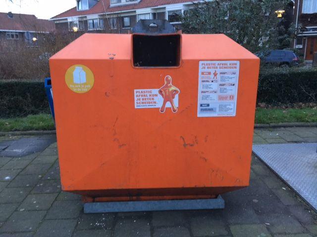 Plastic containers verdwijnen van de straat