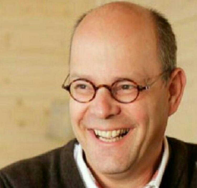 Bestuurder Van der Krogt verlaat Stichting Onder Een Dak