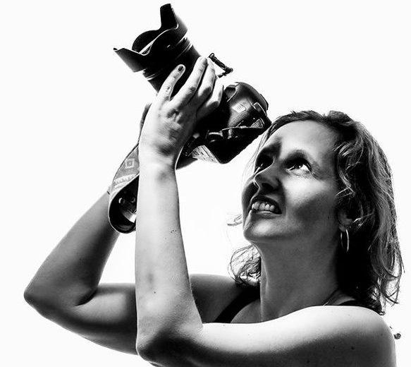 Coronacrisis: Tamara Heck fotografeert mensen achter glas