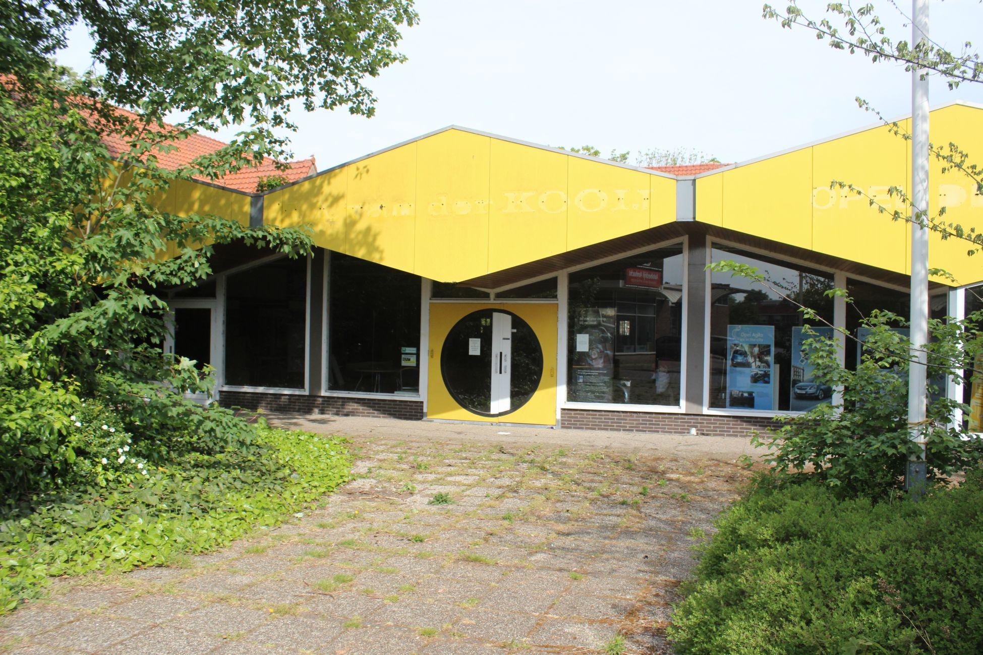 Sloop Opel garage Ambacht voor nieuwe woningen dichterbij