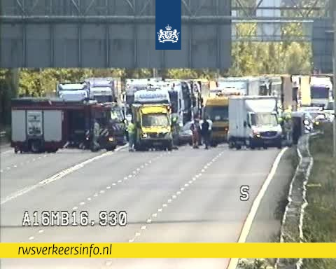 Fors oponthoud na ongeval op A16