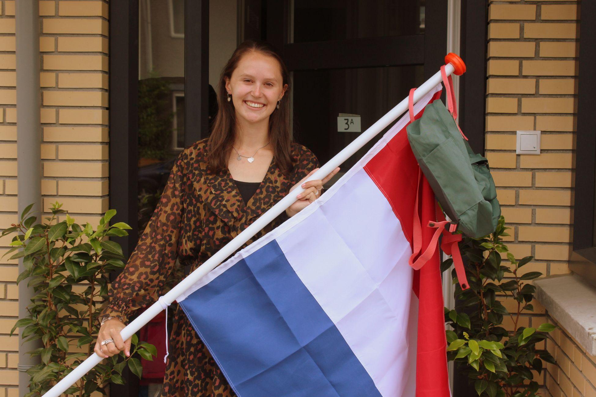 Gefeliciteerd! Sofie is geslaagd voor het VWO op het Lyceum VOS!