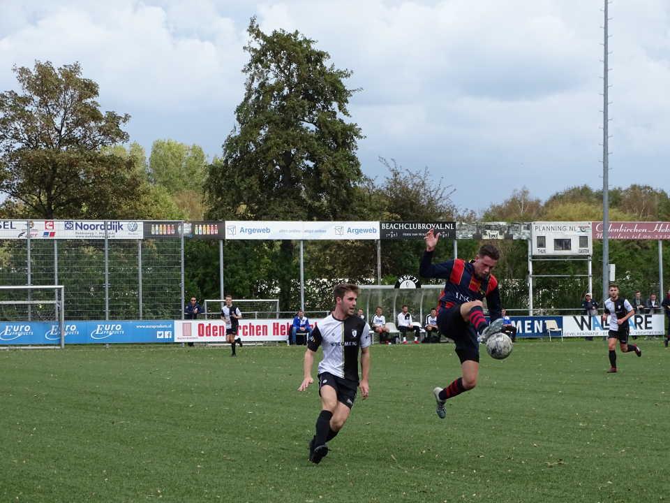 Victoria '04 wint uit in Maassluis