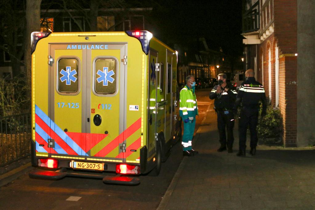 Gewonde bij steekpartij Prins Hendrikstraat