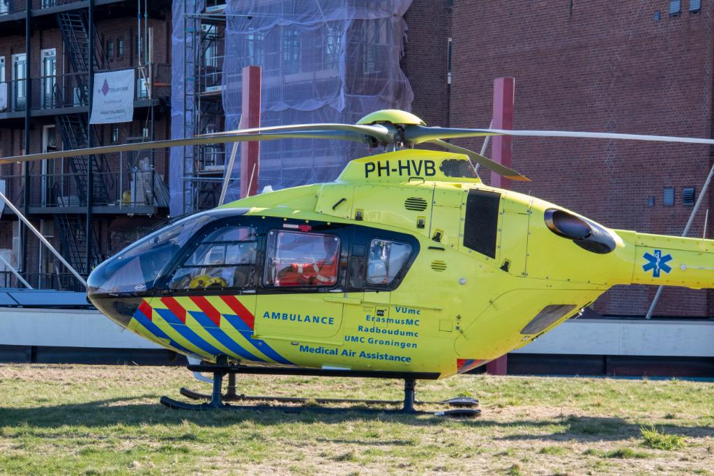 Traumaheli naar Vlaardingen voor noodgeval 1e Van Leyden Gaelstraat