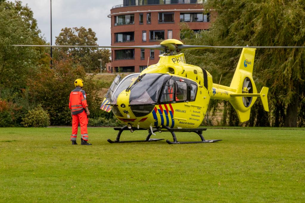 Traumahelikopter voor incident in woning Karel Doormanhof