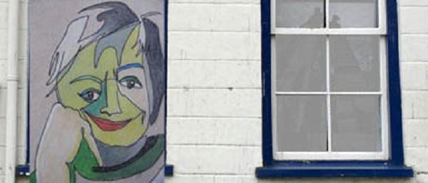 Kunst Marieke van Baalen in etalage Veerstraat