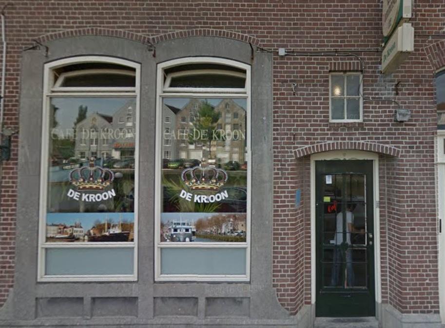 Café De Kroon gesloten na vondst harddrugs