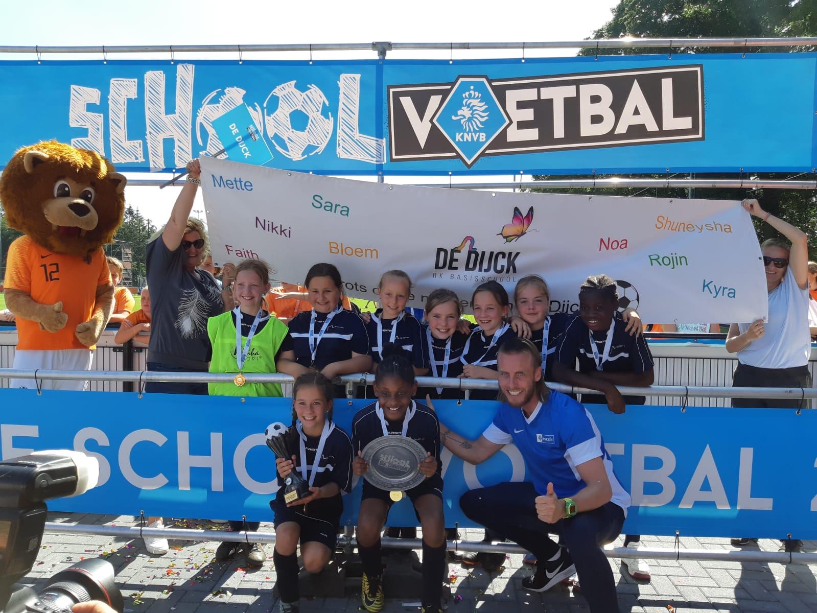 Groep 6 De Dijck kampioen KNVB Schoolvoetbal