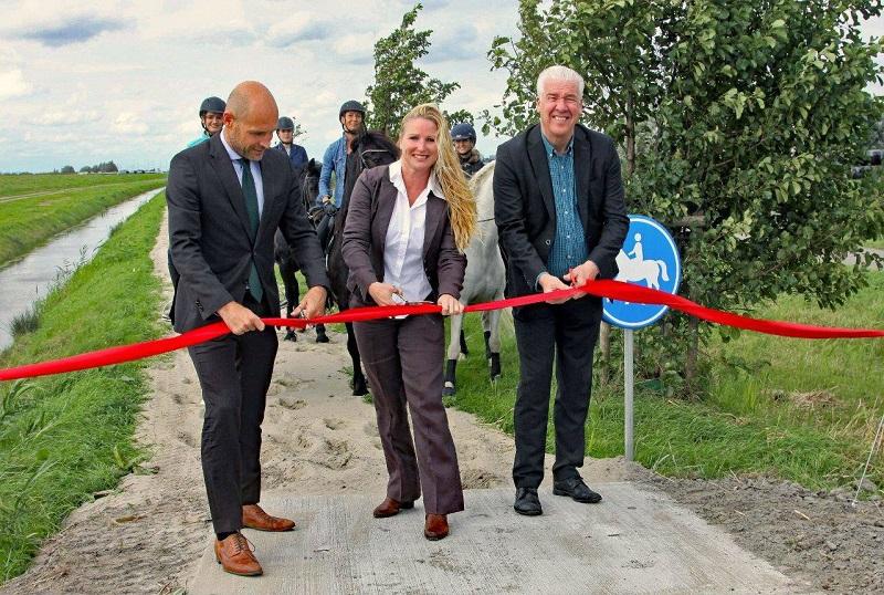 Nieuwe ruiterroutes Midden-Delfland feestelijk geopend