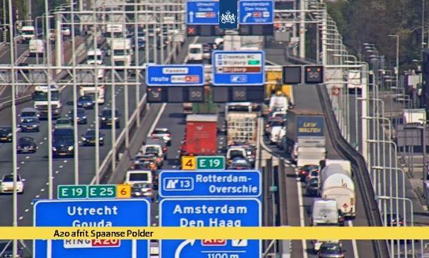 A20 geheel afgesloten bij Kleinpolderplein