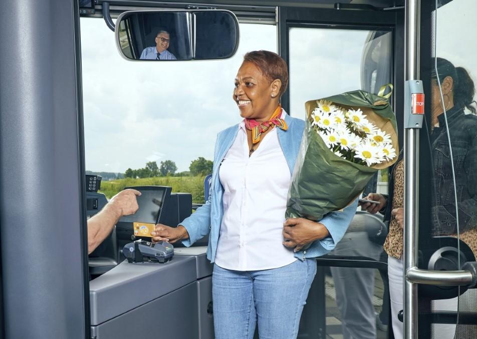 Geen contant geld meer in RET-bussen