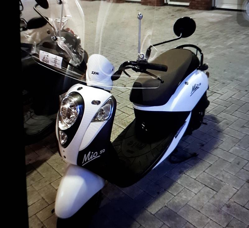 Scooter gestolen vanaf de Koningshoek