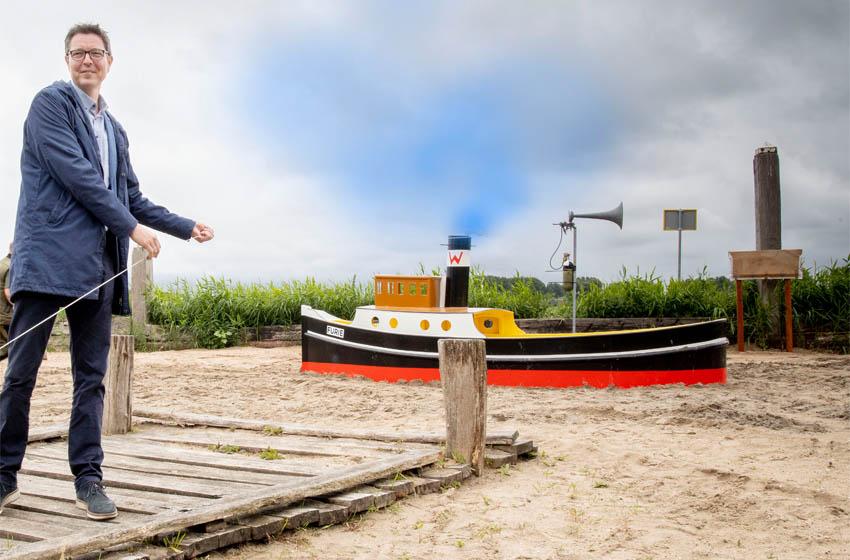 Speelboot Furie in Avonturis feestelijk onthuld